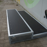 Box mit Skate Smart-Belag