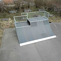 Quarterpipe Two Level